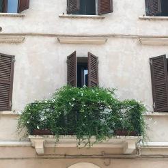 balconies of Mantua (5)